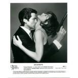 James bond - Goldeneye - Pierce Brosnan-Izabella Scorupco